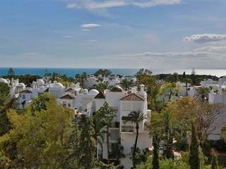 3-bedroom apartment for sale on the Golden Mile, Marbella