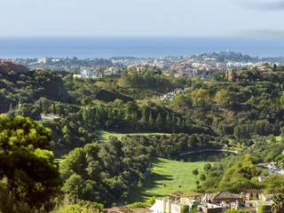 New 2 and 3-bedroom apartments for sale in Benahavis