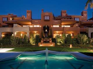 Luxury 2 and 3 bedroom apartments for sale in Marbella