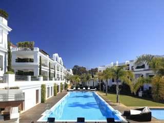 Nya strandlägenheter till salu i Estepona - klara nu