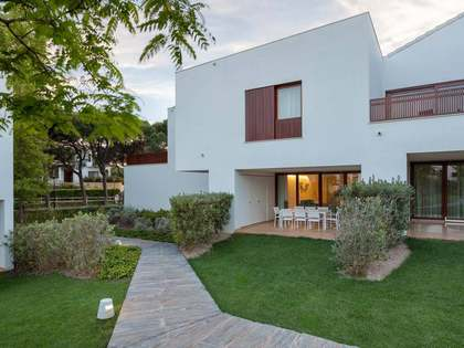 Pine Cliffs Townhouses: New development in Algarve, Portugal