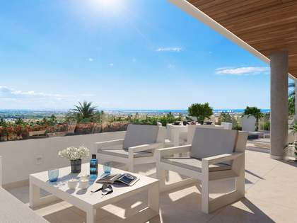 Apartment with 43 m² terrace for sale in Los Monasterios