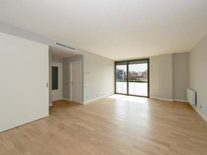 Excellent modern apartments for sale in the second phase of this new development in Les Corts.