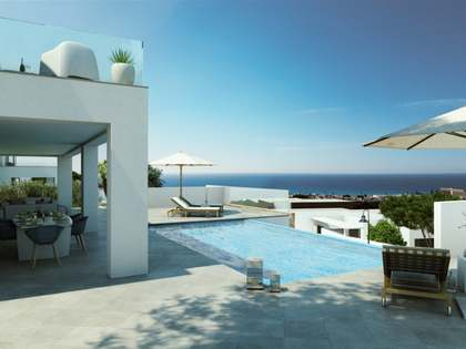 223m² villa with 87m² terrace for sale in Mijas