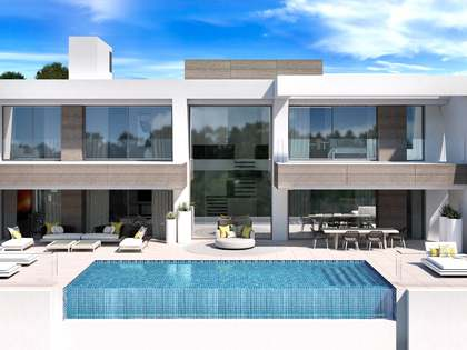 537 m² villa with terraces for sale in New Golden Mile