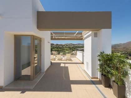 Apartamento de 2 dormitorios en venta en Mijas, Marbella