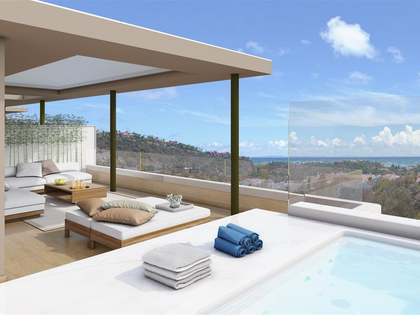 New duplex penthouse for sale in Benahavis
