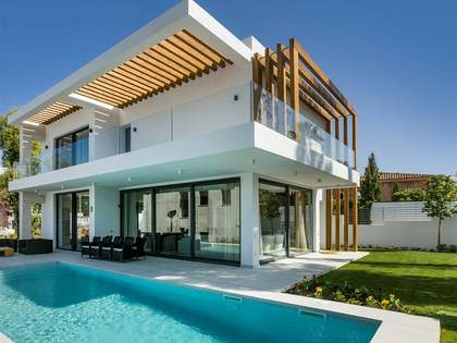 Contemporary villas for sale as part of a New Development.