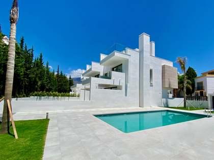 Casa / Villa di 178m² con giardino di 32m² in vendita a Estepona