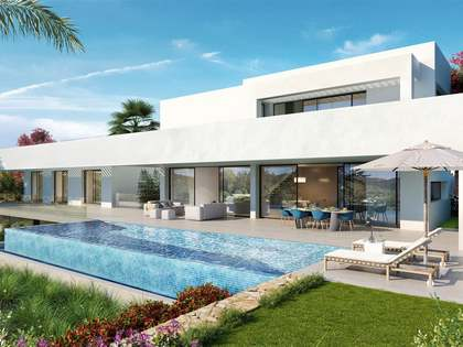 542m² House / Villa with 107m² terrace for sale in New Golden Mile