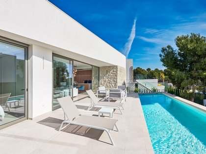 New development of villas in Alicante