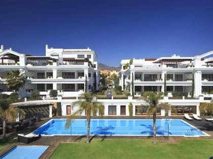 New beachfront apartments for sale in Estepona - ready now