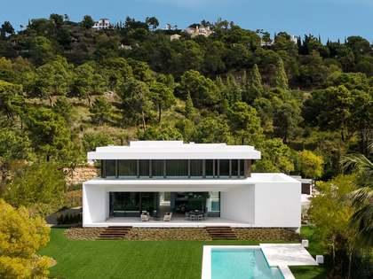 854 m² luxury villa for sale in Benahavís