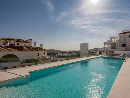 96m² Apartment with 71m² garden for sale in Nueva Andalucía