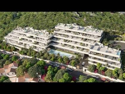 137m² Apartment with 47m² garden for sale in Los Monasterios