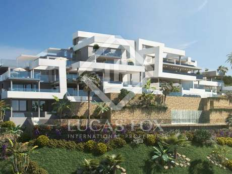 Beautiful 2-bedroom apartment with terrace to buy, Marbella
