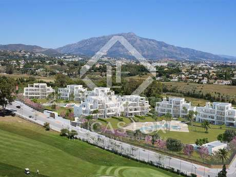 New 3-bedroom duplex penthouse for sale in Estepona
