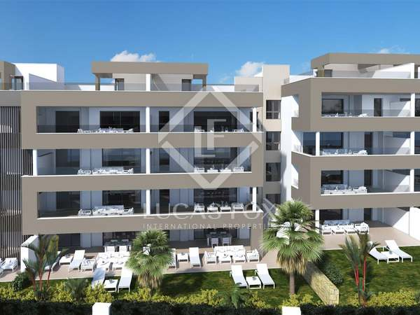 111 m² apartment with 77 m² terrace for sale in Puerto Banús