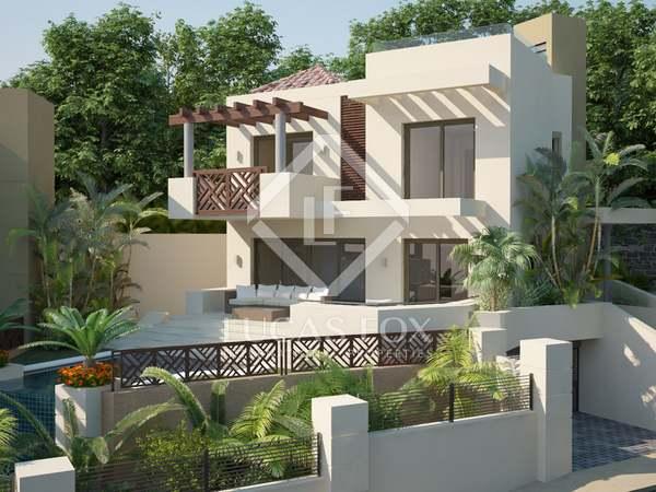 Villa de 182m² con 14m² de jardín en venta en la Milla de Oro
