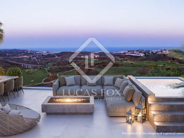 125m² Penthouse with 238m² terrace for sale in Mijas