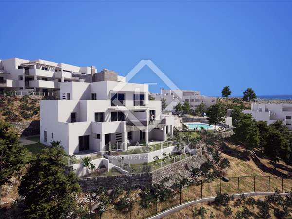 132 m² apartment with 95 m² terrace for sale in Los Monteros