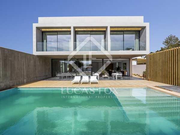 362m² House / Villa with 453m² garden for sale in San José