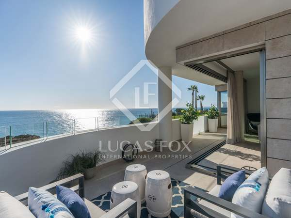 149m² Penthouse with 178m² terrace for sale in Mijas