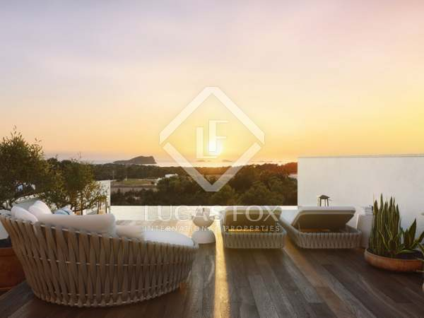 394 m² villa with 67 m² garden for sale in Ibiza Town