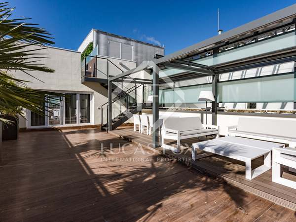368 m² apartment for sale in Almagro, Madrid