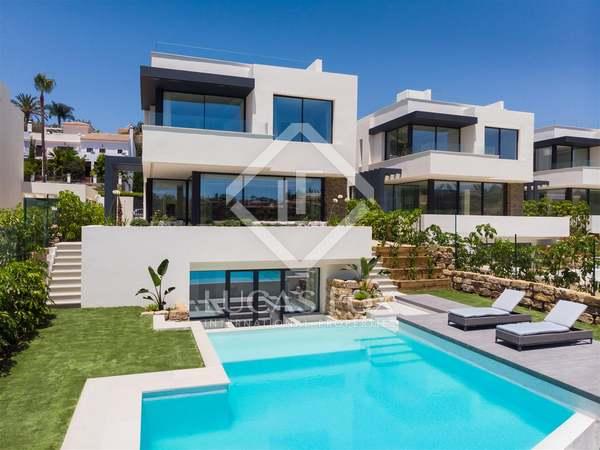 Casa / Villa de 392m² con 177m² terraza en venta en New Golden Mile