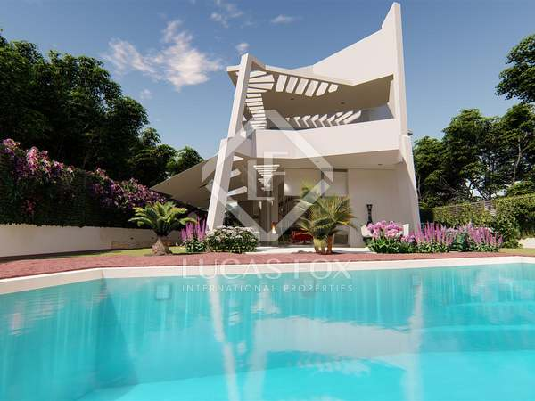 Wonderful 4-bedroom villa for sale in Estepona