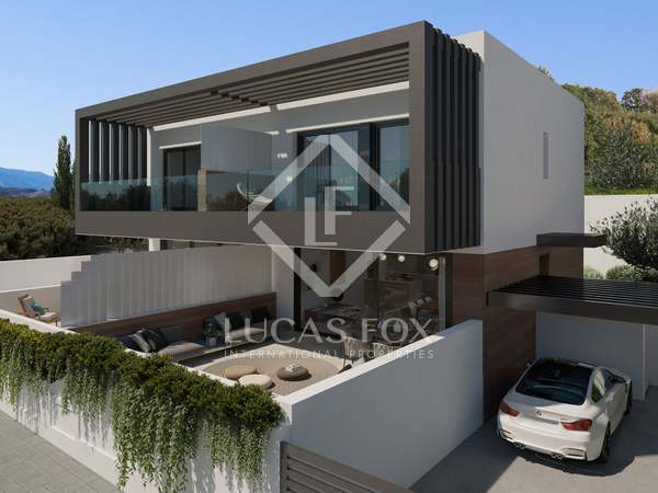 252m² House / Villa with 139m² terrace for sale in Atalaya