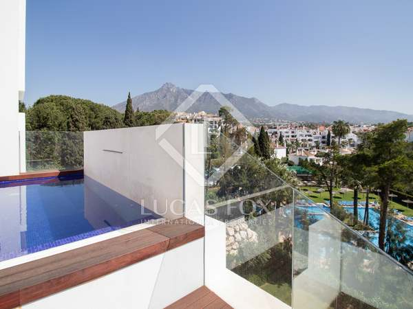 324m² Penthouse with 157m² terrace for sale in Golden Mile