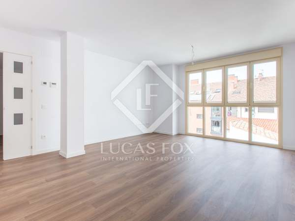 144m² Apartment with 12m² terrace for sale in Aravaca