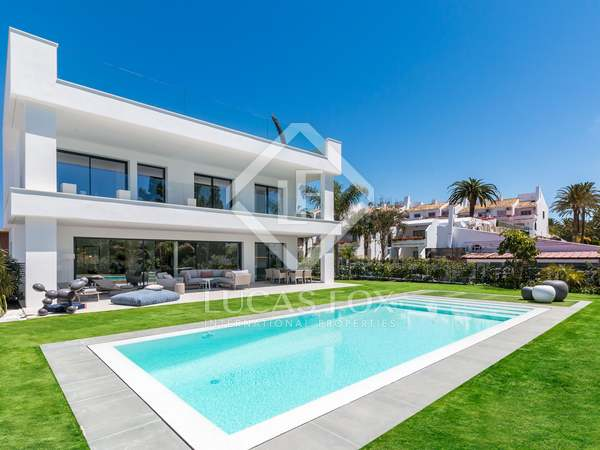 493m² House / Villa with 312m² terrace for sale in Puerto Banús