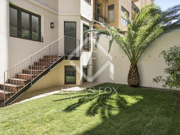 Apartamento de 227 m² con jardín en venta en Muntaner