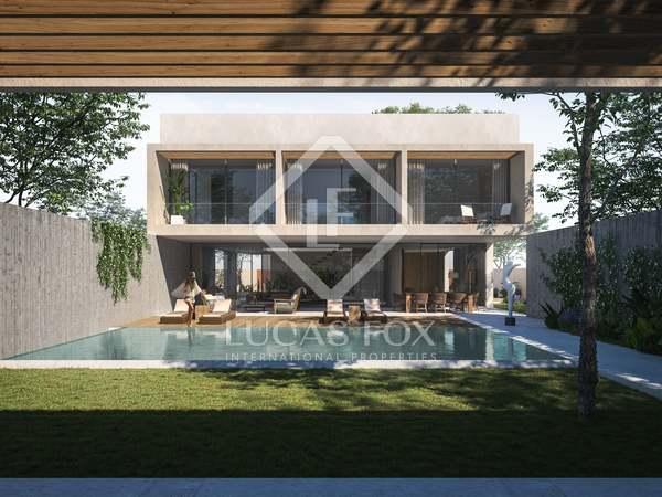 Huis / Villa van 344m² te koop met 475m² Tuin in San José