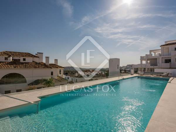 271m² Penthouse with 162m² terrace for sale in Nueva Andalucía