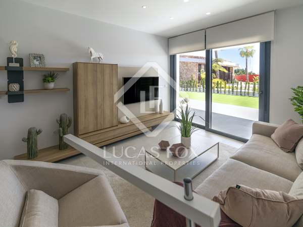 74m² Apartment with 25m² terrace for sale in Alicante ciudad