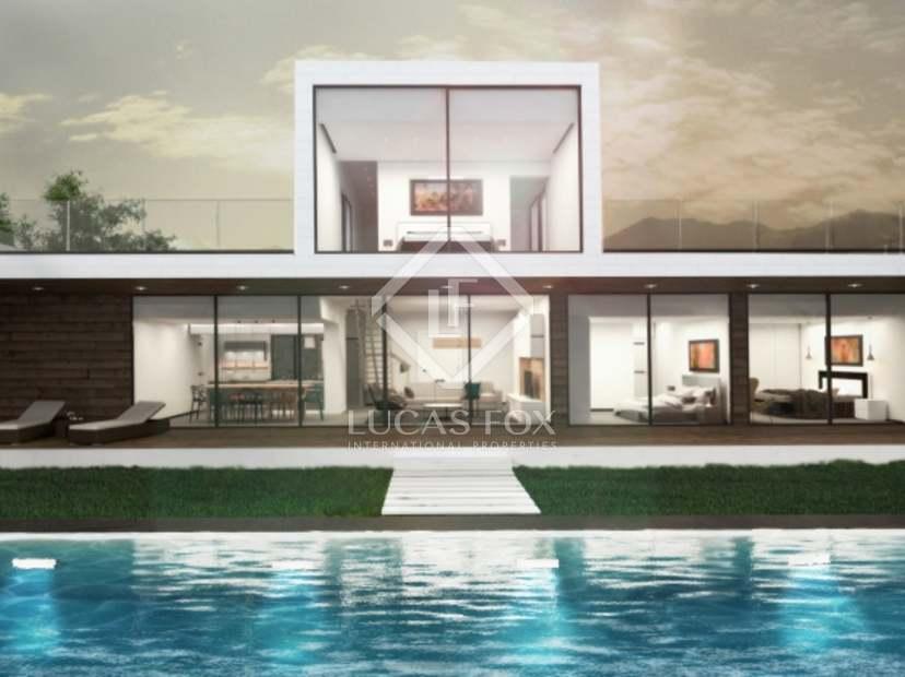 Sea view villas for sale in Estepona West