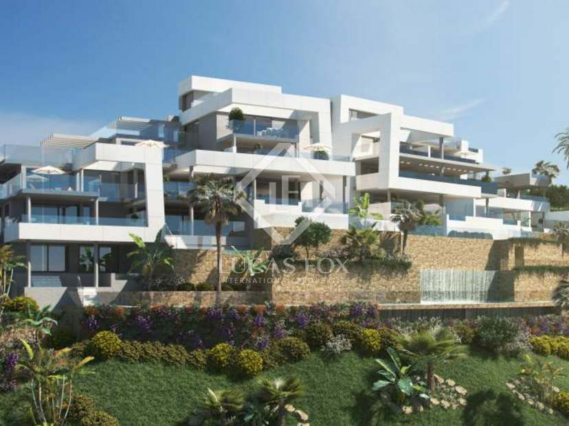 Contemporary apartments to buy off plan in Nueva Andalucia