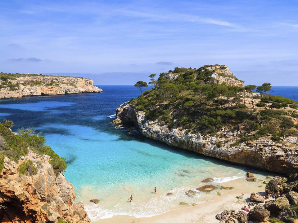 Properties in Mallorca to buy and rent - Lucas Fox