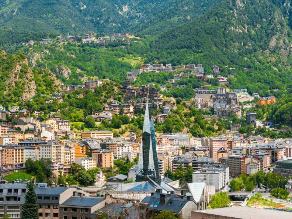 Properties and real estate for sale in Andorra La Vella