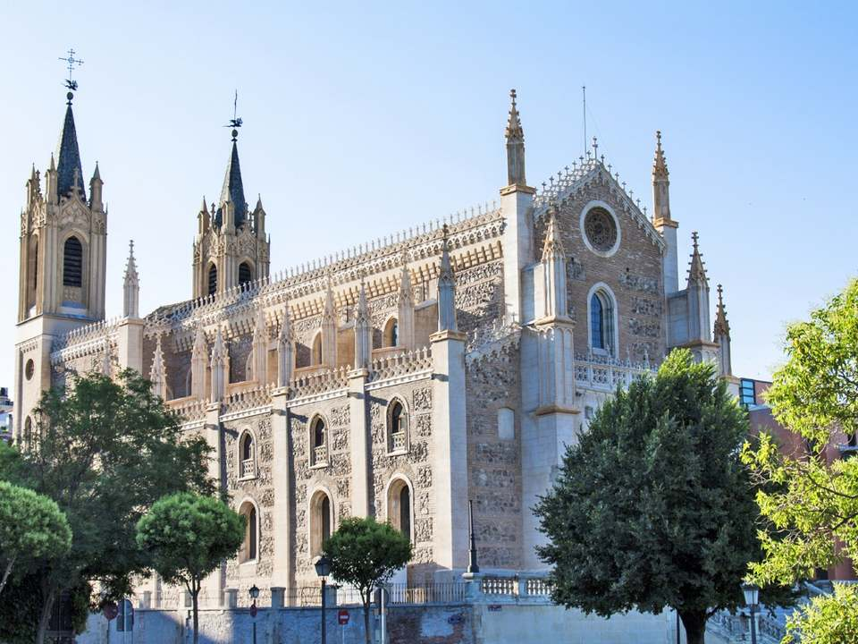 Properties for sale and rent in Jerónimos, Madrid - Lucas Fox