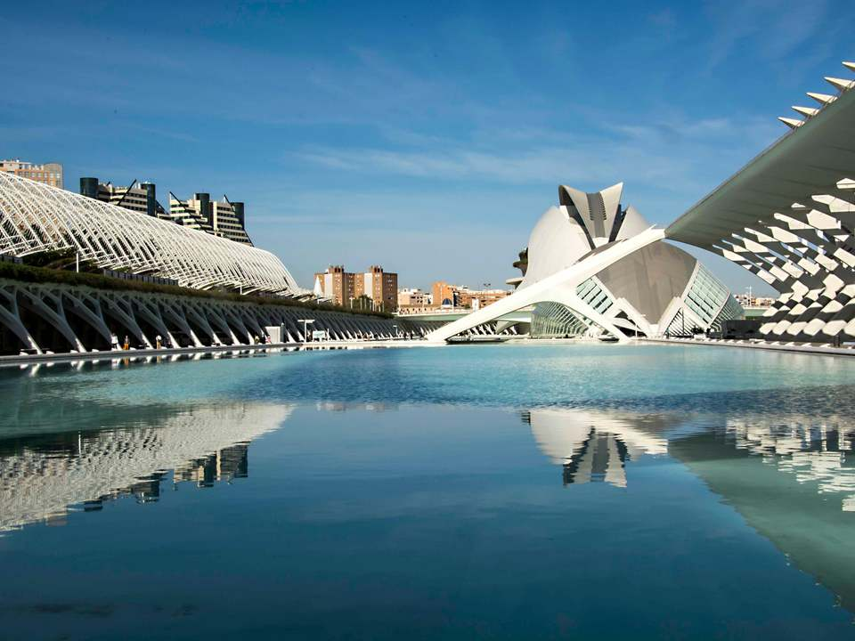 Properties in City of Sciences to buy and rent - Lucas Fox