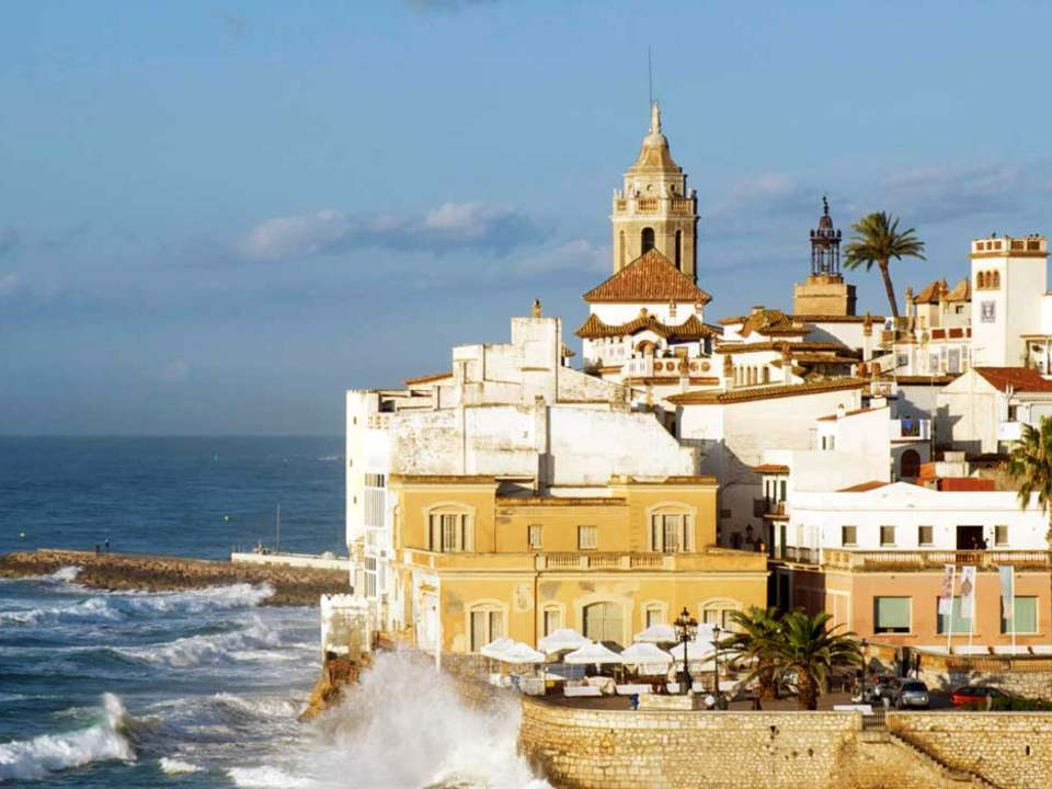 Properties in Sitges to buy and rent - Lucas Fox