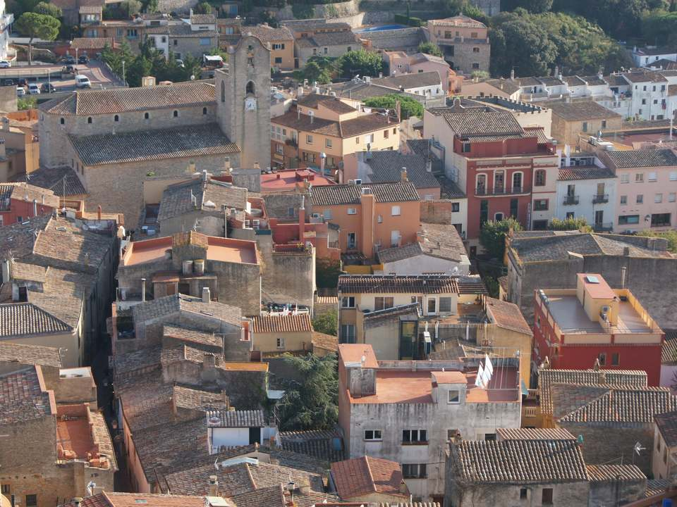 Properties in Begur Town to buy and rent - Lucas Fox