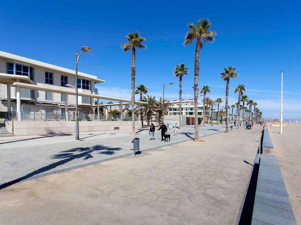 Pisos y casas en venta en Patacona, Valencia - Lucas Fox