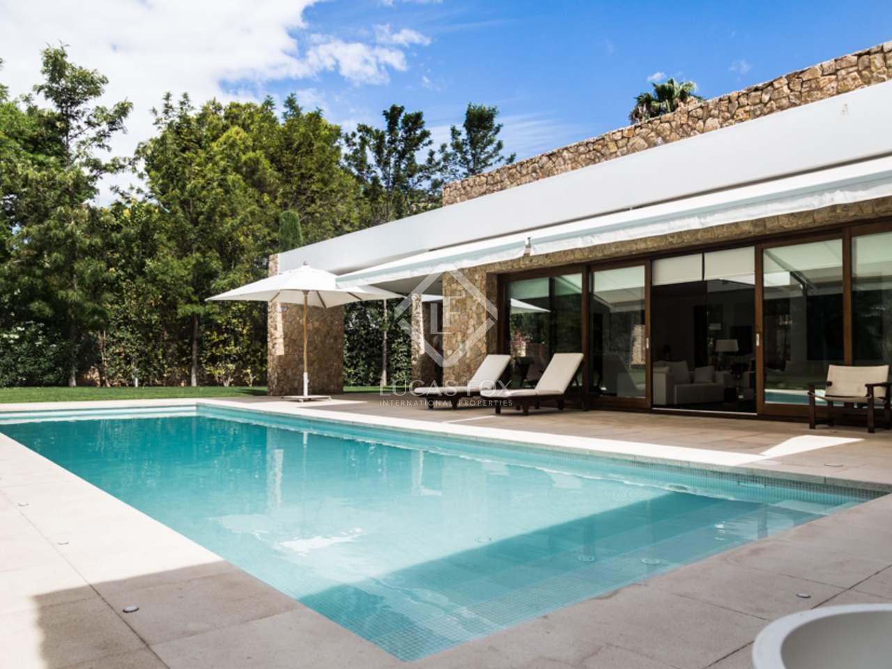 Villa de lujo en venta en rocafort valencia for Villas valencia