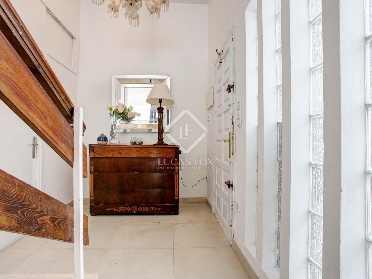 156m haus villa mit 100m terrasse zum verkauf in d nia. Black Bedroom Furniture Sets. Home Design Ideas